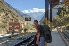 (Čekání na vlak na Machu Picchu, který bohužel nepřijel.)